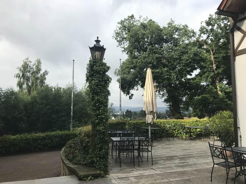 Blick von der Terrasse des Hotels Waldkater