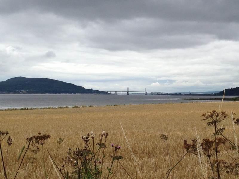 Am Firth mit Blick auf die Kessock Bridge