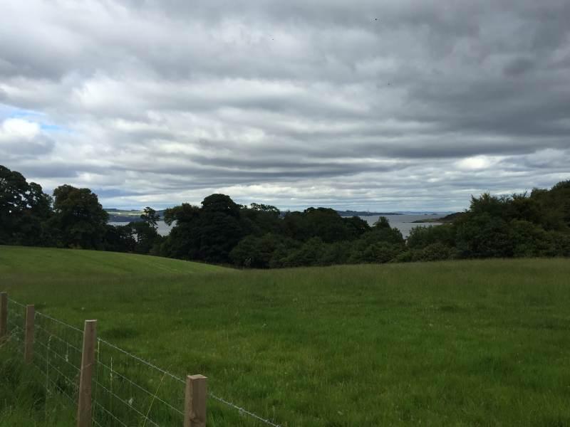 Auf den Hügeln über dem Firth