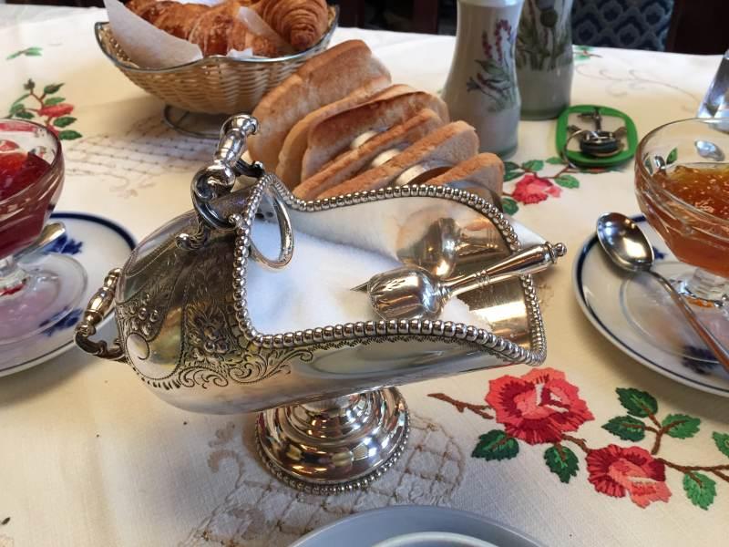 Tafelsilber zum Frühstück