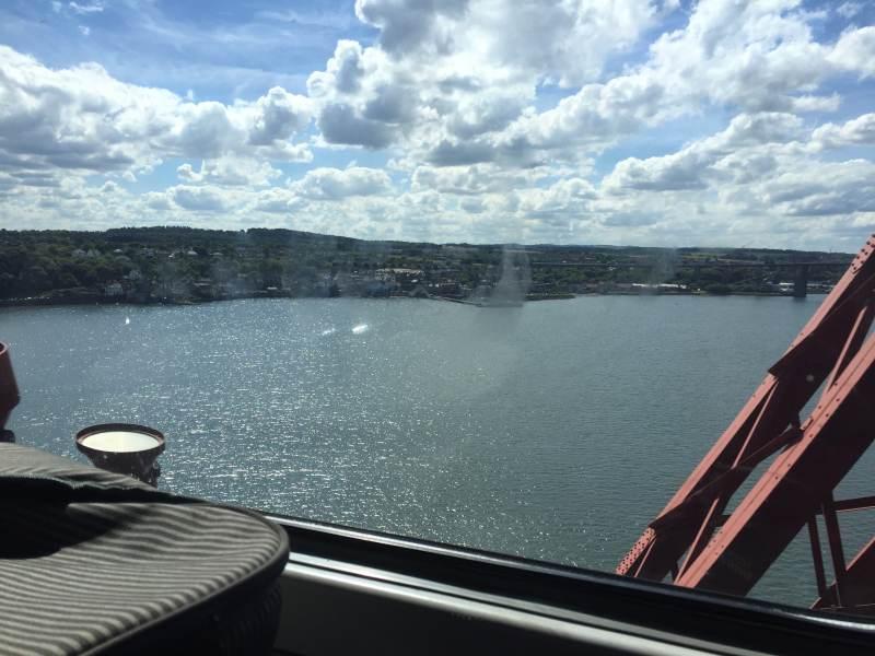 Fahrt über die Firth Bridge