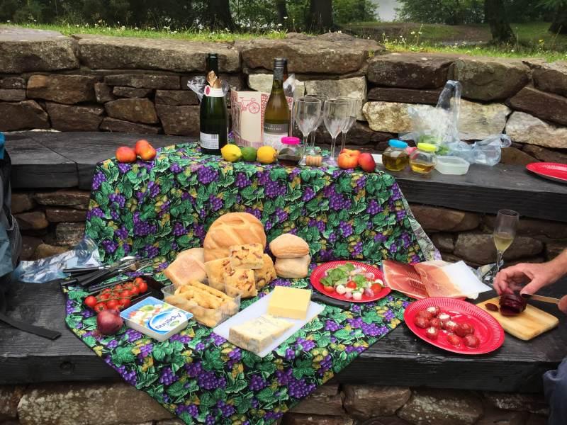 Und welch ein Picknick auf der Insel!