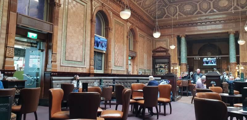 Die Centurion Bar im Bahnhof Newcastle