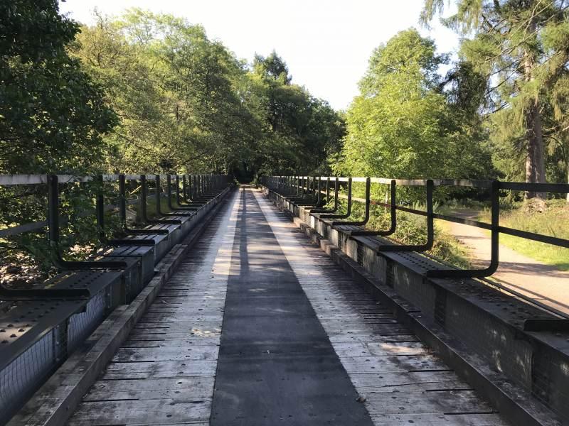 Radweg auf einer ehemaligen Bahnbrücke