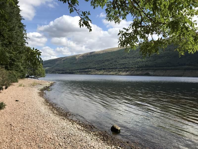 Am Loch Lochy