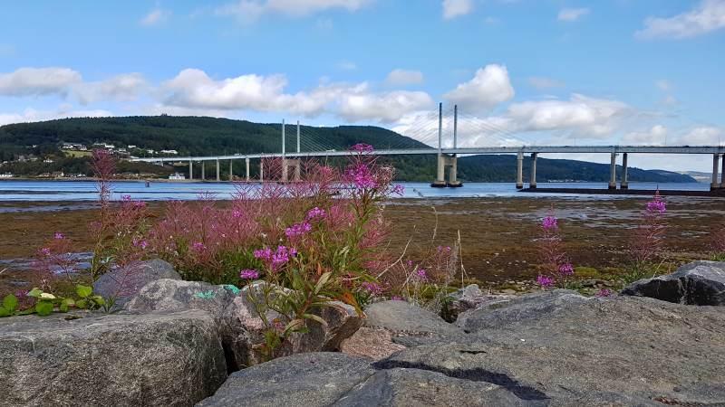 Blick auf die Kessock Bridge