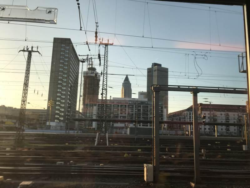 Frankfurt genießen wir etwas länger als geplant.