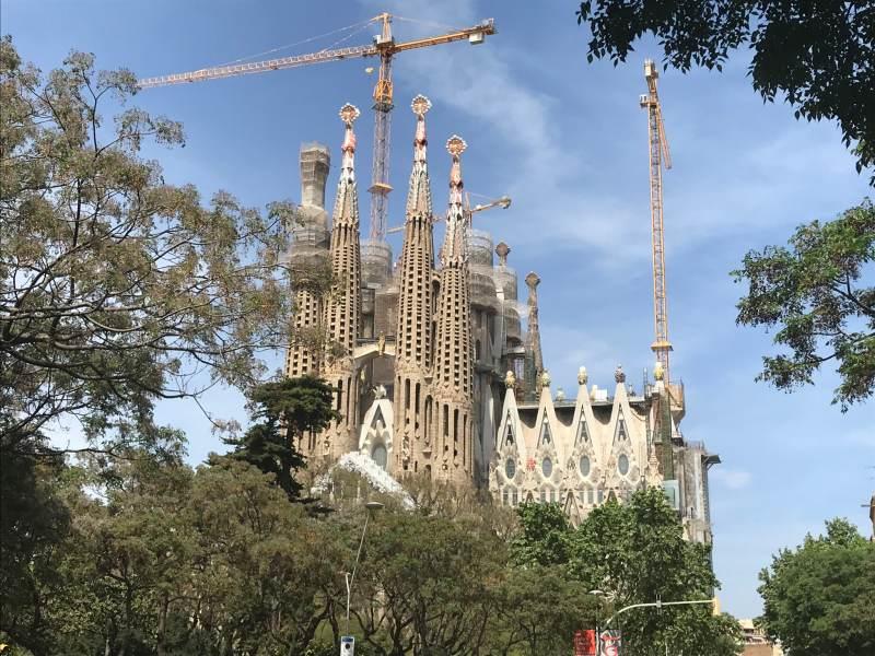 La Sagrada Familia - von hier aus betrachtet immerhin gerüstfrei