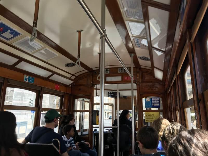 In der berühmten Straßenbahn