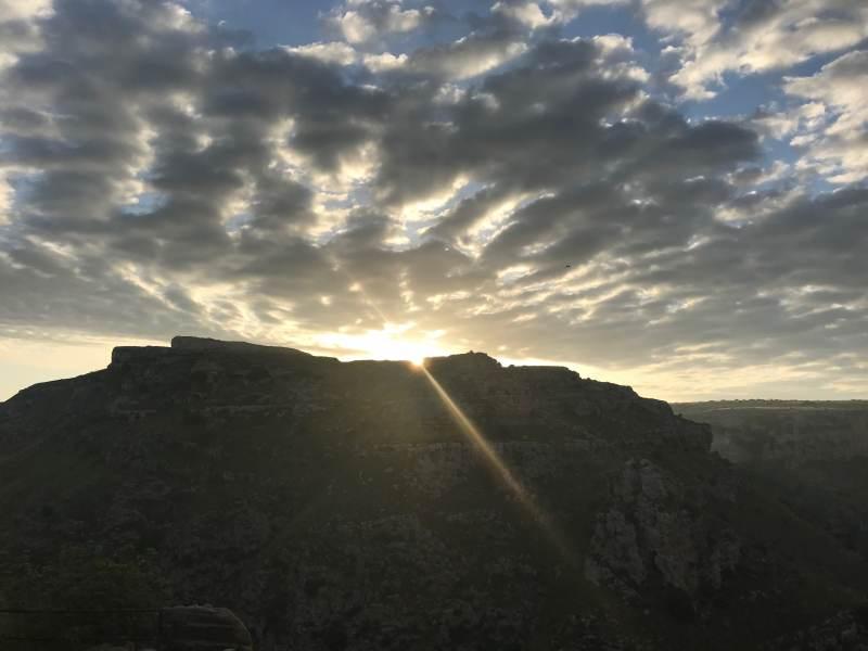Wieder ein herrlicher Sonnenaufgang in Matera ...