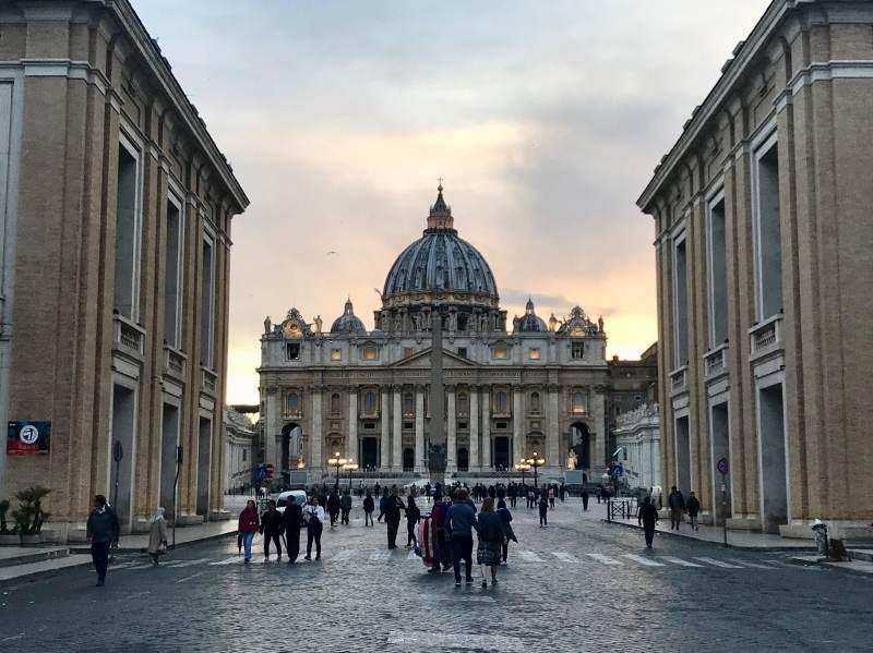 Und schon sind wir am Vatikan
