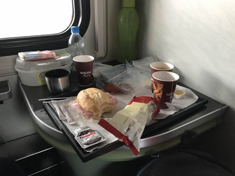 Frühstück ... peinlich viel Verpackungsmüll