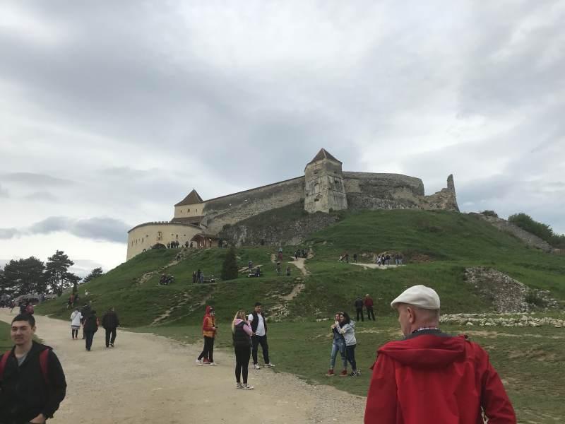 Die imposante Festung Râṣnov
