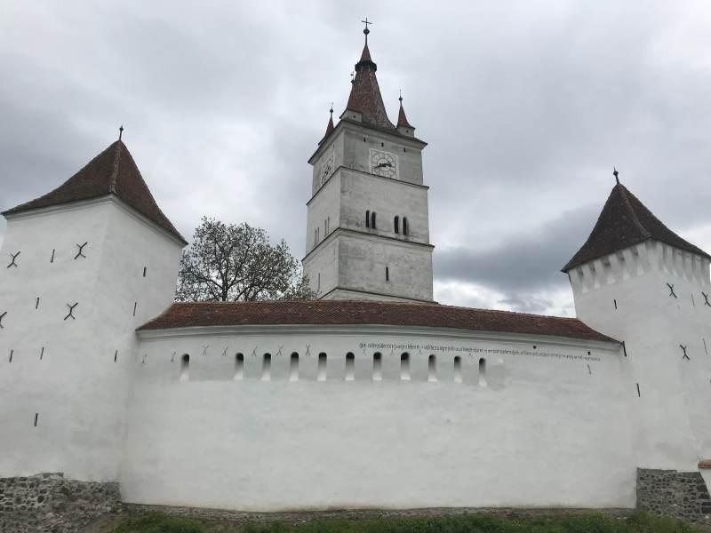 Weiter geht's zur Wehrkirche Hărman ...