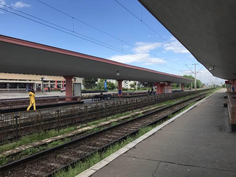 Die Bahnsteige waren früher mal modern.