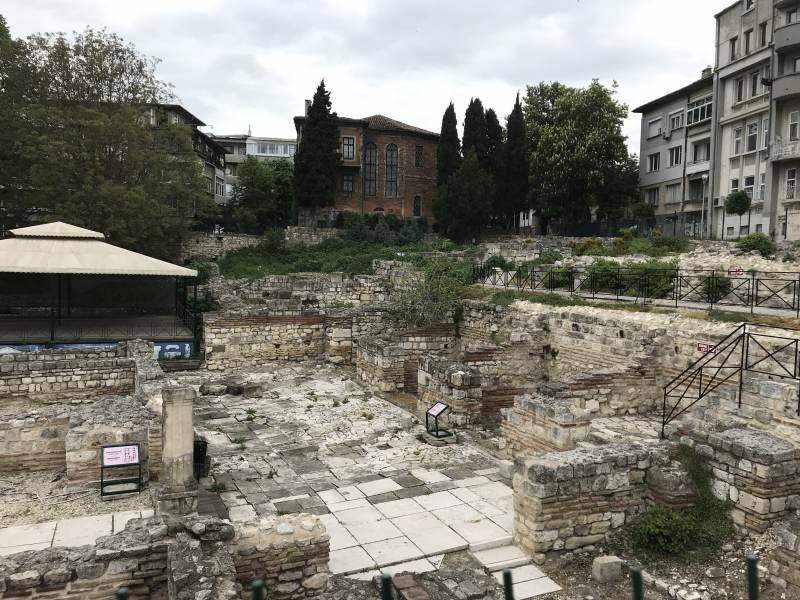 Noch ein Blick auf eine römische Ausgrabungsstätte