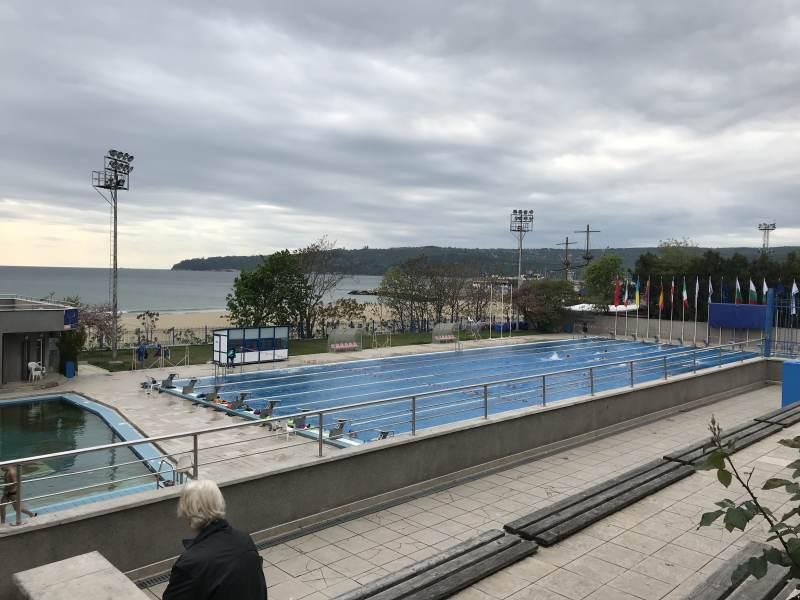 Im Schwimmstadion wird trainiert.